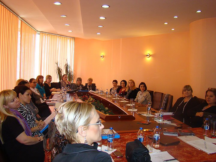 "Seminar with the Association ""Women to Women"""