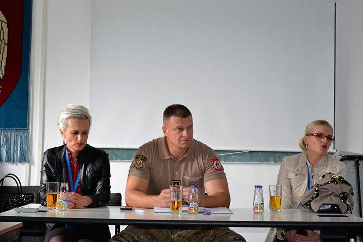 """Kampanja """"Postani prva žena pripadnica Specijalne jedinice policije MUP RS"""""""